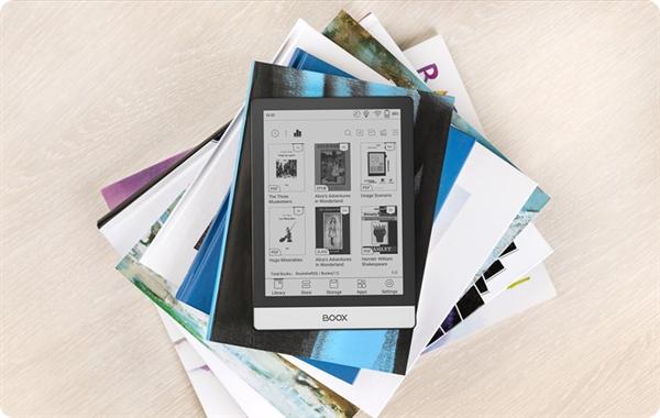 eBookReader Onyx BOOX Poke 3 - forsiden og bagside